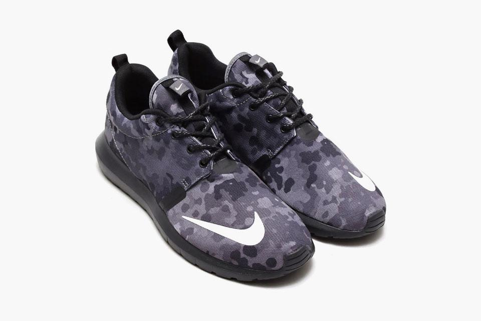 Nouvelle rosh run nike chaussures de soccer int rieur for Chaussure de soccer interieur